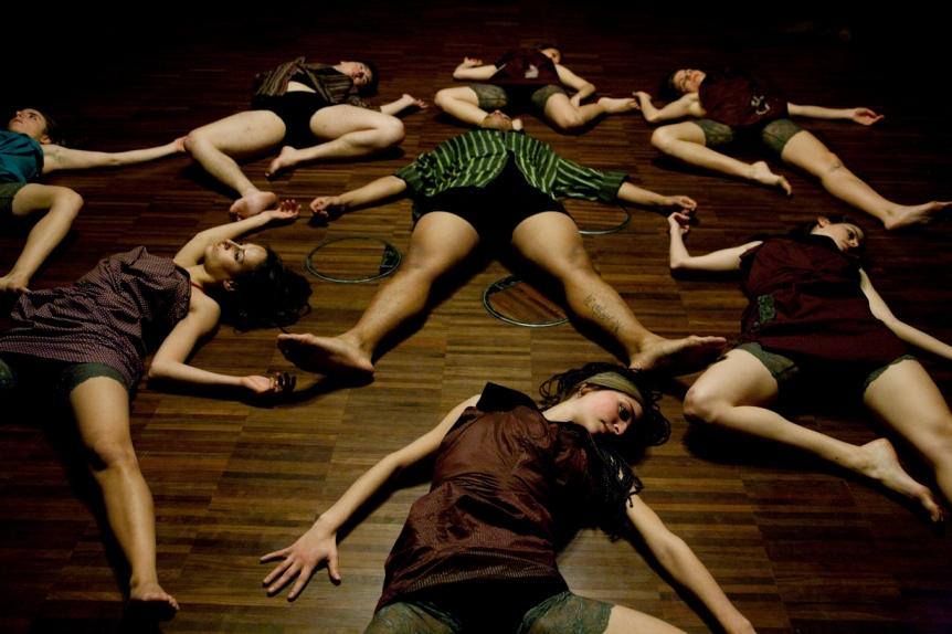 """""""Emocions en Moviment - Sala Gaudí, La Pedrera"""" (2012) - Coreógrafa.  Laboratorio de Movimiento Auténtico y Creación"""